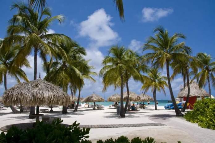 Palm Beach é uma das melhores praias de Aruba