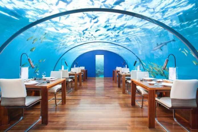 Conrad Maldives Rangali Island (Ilhas Maldivas) é um dos hotéis flutuantes ao redor do mundo