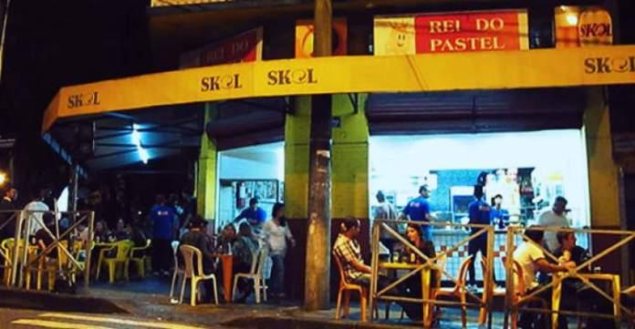 Rei do pastel restaurantes para você fazer o melhor tour gastronômico de Belo Horizonte
