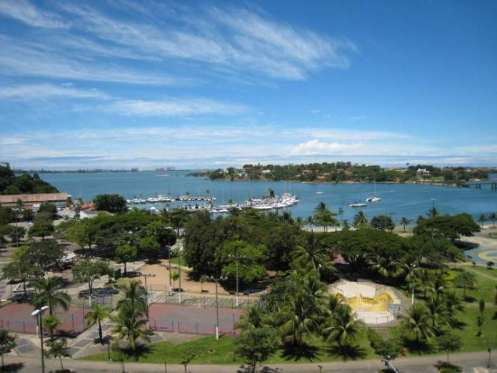 Conhecer a Praia do Canto em Vitória