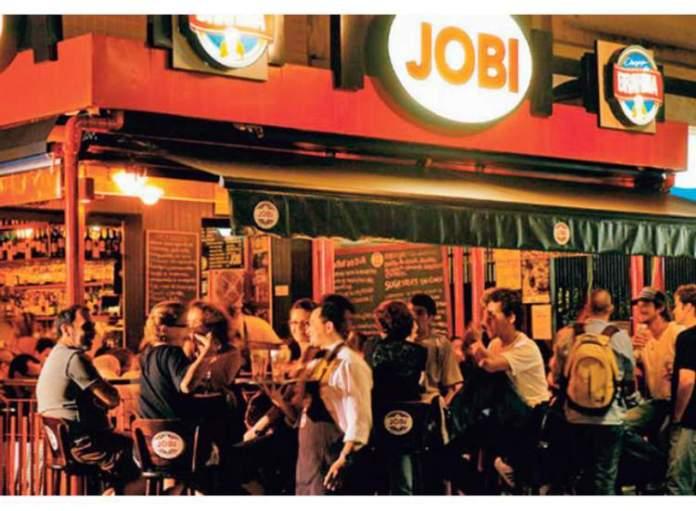 Bar Jobi no Leblon é uma das dicas de o que fazer a noite no Rio de Janeiro
