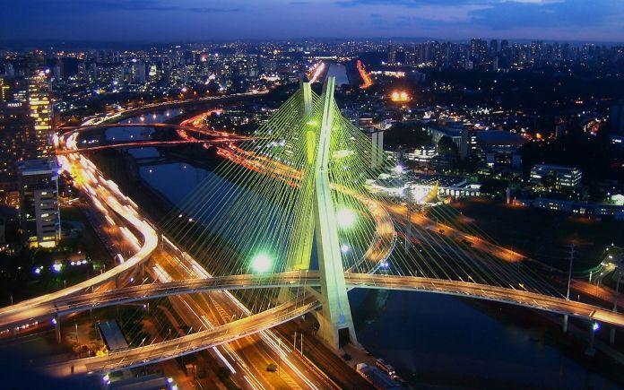 São Paulo é um dos melhores destinos para viajar em outubro no Brasil