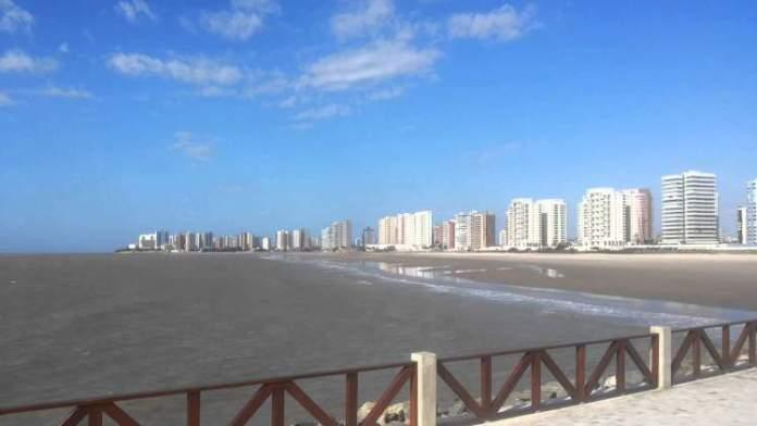 Visitar a praia Ponta d'Areia é uma das dicas de o que fazer em São Luís