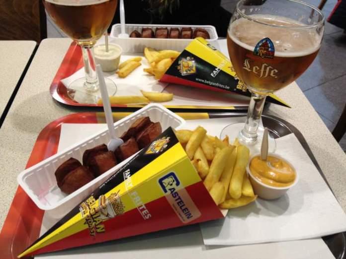 Batatas fritas em Bruxelas