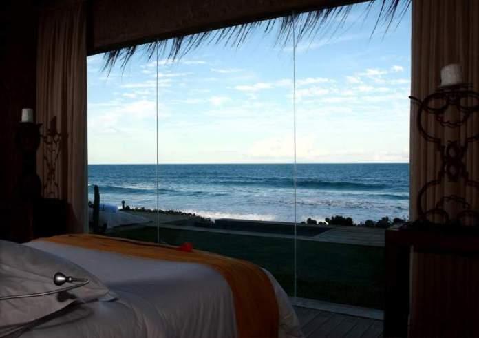 Kenoa Exclusive Beach Spa & Resort em Barra de São Miguel é um dos melhores hotéis pé na areia