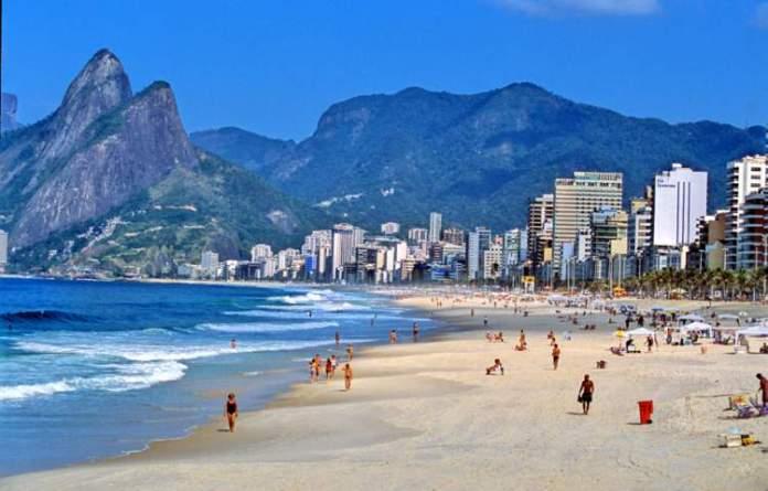 Rio de Janeiro é um dos destinos no Brasil para curtir as férias de verão