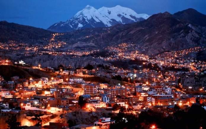 Visitar La Paz é uma das dicas de o que fazer na Bolívia