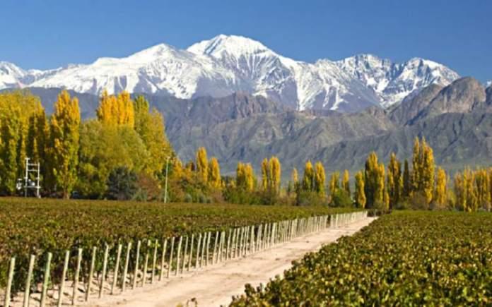 Visitar Mendoza é uma das atrações turísticas na Argentina