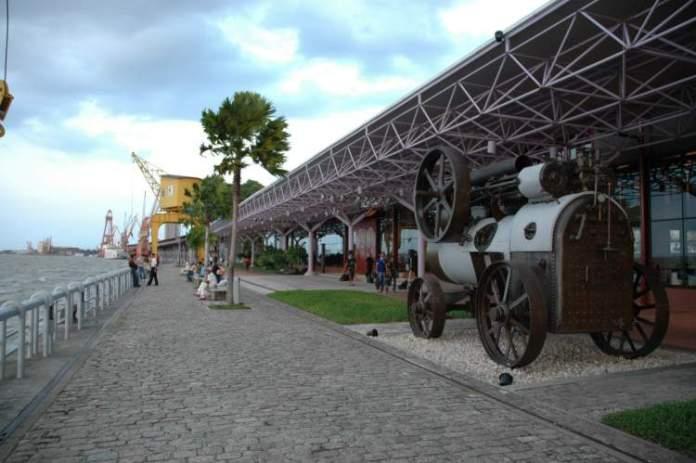 Visitar a Estação das Docas é uma das opções de o que fazer em Belém