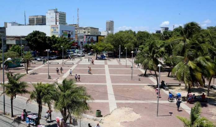 Praça José de Alencar é um dos Lugares incríveis em Fortaleza