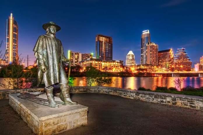 Austin é um dos destinos nos Estados Unidos que mais recebem turistas
