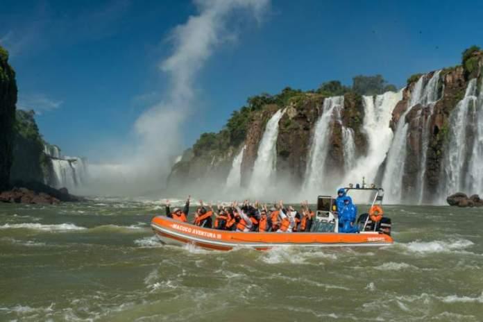 Fazer o Passeio Macuco Safari é um dos passeios imperdíveis em Foz do Iguaçu