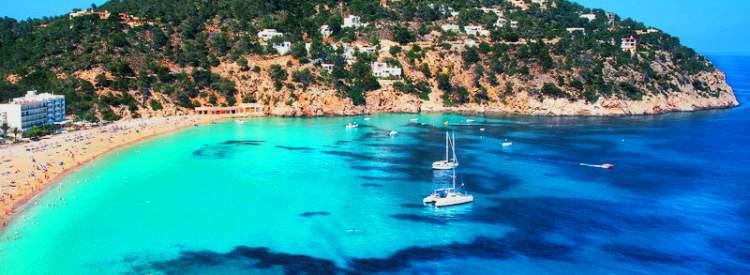 Ibiza é um dos destinos imperdíveis na Europa para amantes de praia