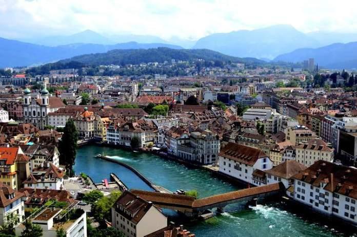 Lucerna é um dos lugares na Suíça com paisagens deslumbrantes