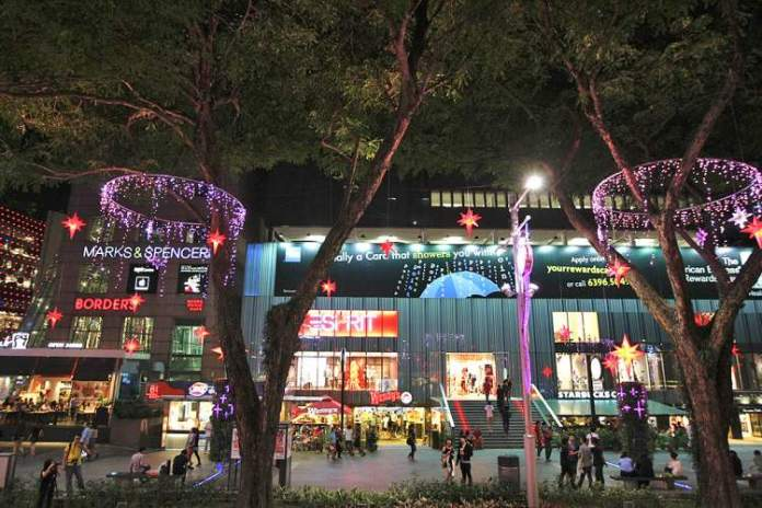 Orchade Road é um dos pontos turísticos de Singapura