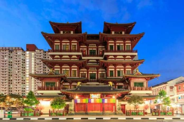 Templo da Relíquia do Dente de Buda é um dos pontos turísticos de Singapura