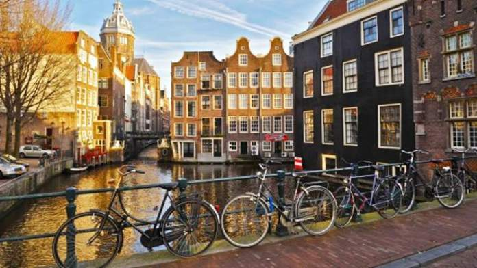 Amsterdã é um dos melhores destinos turísticos da Europa