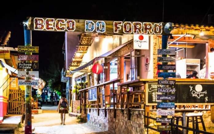 Aproveitar a Noite de Jericoacoara é uma das dicas de o que fazer em Jericoacoara