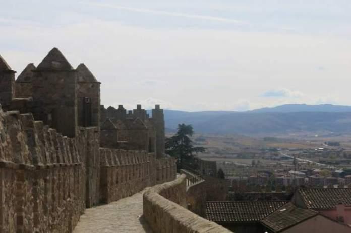 Avila na Espanha é uma das cidades medievais que farão você viajar de volta no tempo