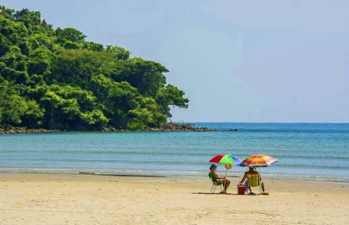 Boracéia é uma das melhores praias de Bertioga em São Paulo