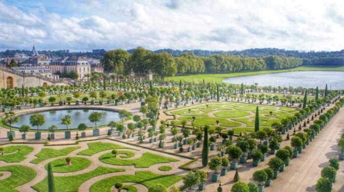 Jardins no Palácio de Versalhes