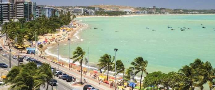 Maceió é um dos destinos para viajar barato pelo Brasil