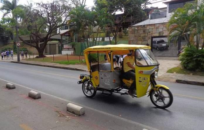 Passeio de Tuk-Tuk pelas ruas de Belo Horizonte