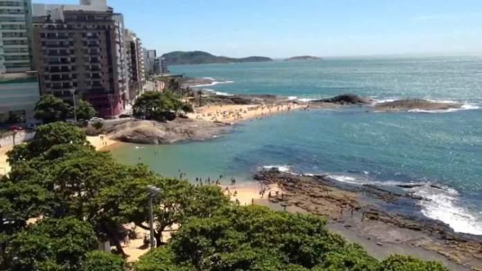 Praia Castanheiras é uma das melhores praias de Guarapari