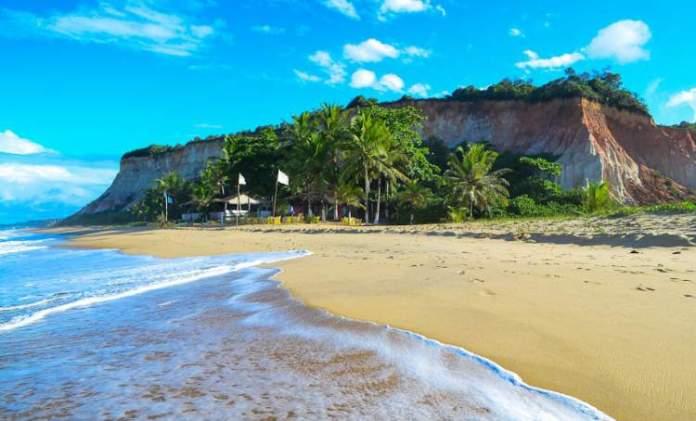 Praia da Lagoa Azul é uma das melhores praias de Arraial D'Ajuda
