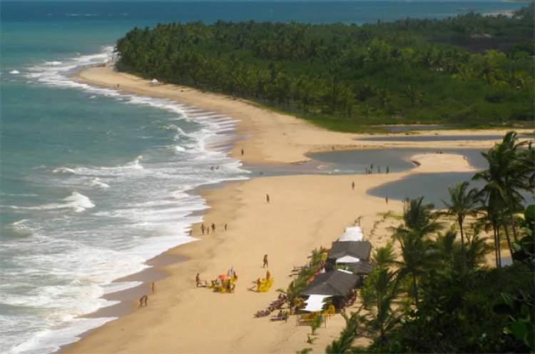 Praia do Rio da Barra é uma das melhores praias de Trancoso