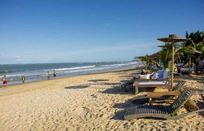 Praia dos Coqueiros é uma das melhores praias de Trancoso