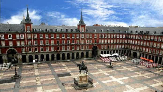 Plaza Mayor é uma das Atrações Gratuitas em Madri