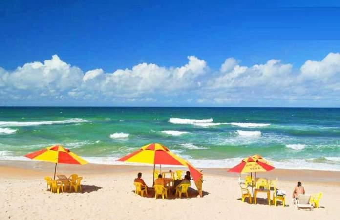 Praia de Flamengo é uma das melhores praias de Salvador
