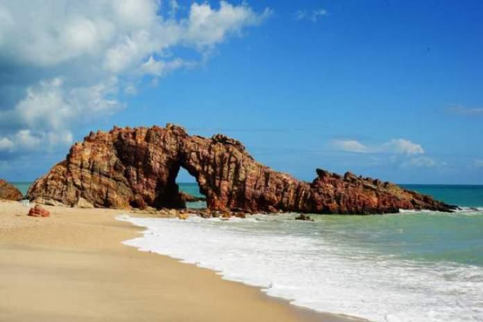 Praia de Jericoacoara é uma das praias mais lindonas do Nordeste brasileiro