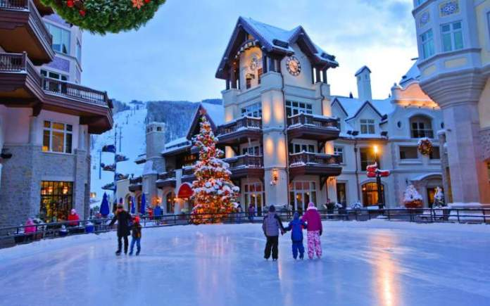 Vail, Colorado nos Estados Unidos é um dos melhores destinos para esquiar