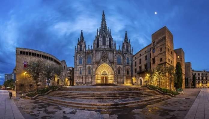 Catedral de Barcelona é uma das atrações gratuitas em Barcelona