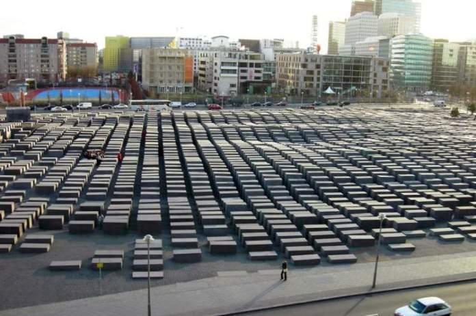 Memorial do Holocausto é uma das atrações gratuitas em Berlim