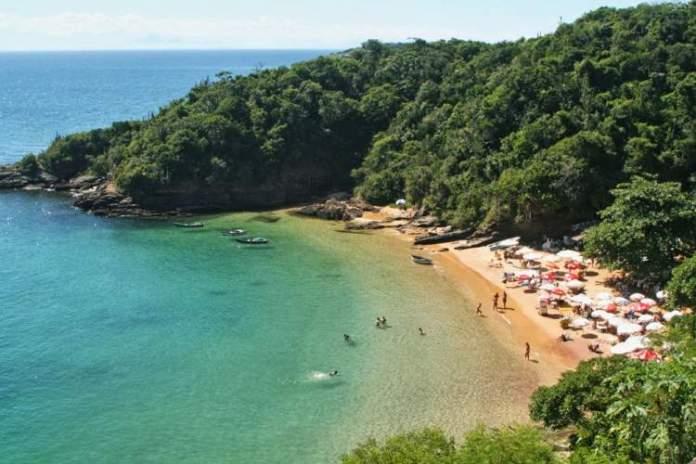 Praia João Fernandes é uma das melhores Praias da Região dos Lagos