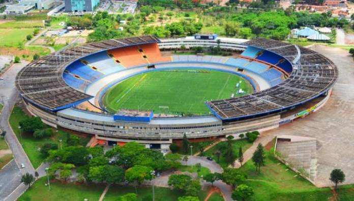 Estádio Serra Dourada é um dos lugares incríveis em Goiânia