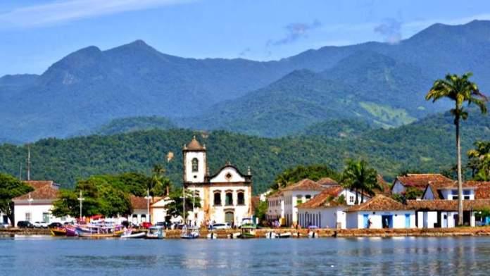 Paraty é um dos Melhores Destinos Para Viajar Sozinho no Brasil