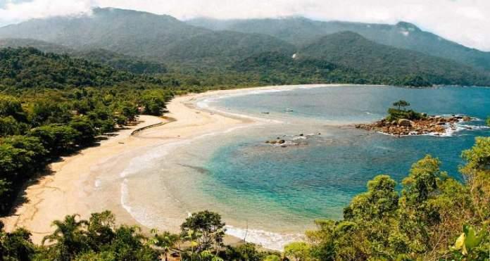 Bonete é um dos destinos com praia para quem ama se exercitar