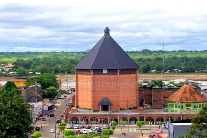Catedral Nossa Senhora da Glória no Acre