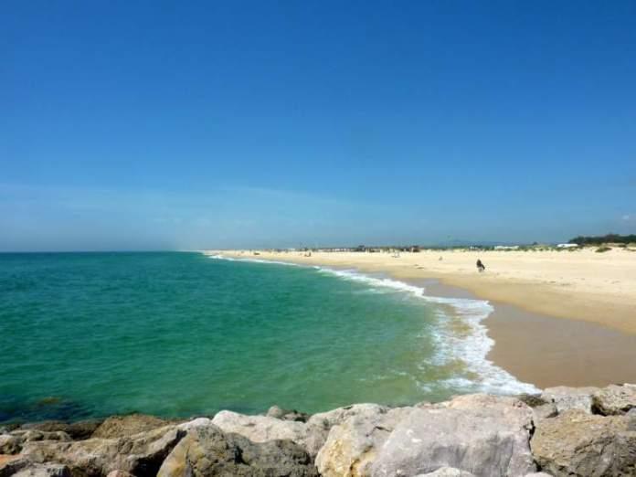 Ilha da Tavira é uma das melhores praias do Algarve em Portugal