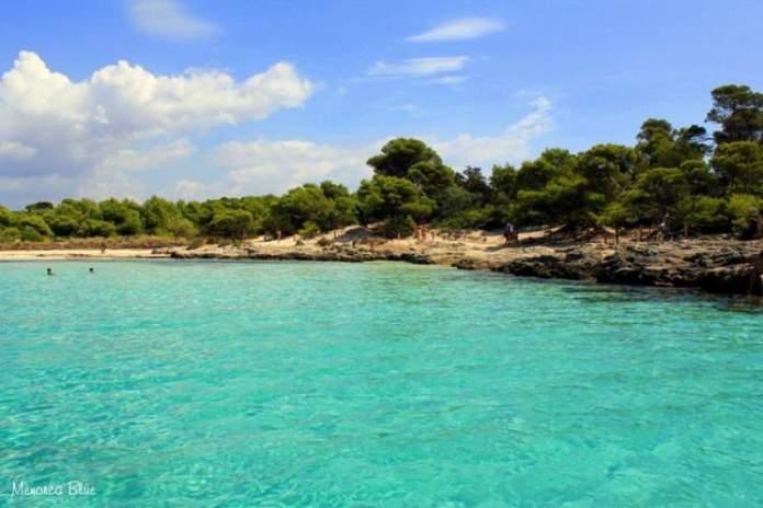 Son Saura é uma das praias de Menorca na Espanha