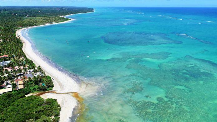 Paisagem fantástica das praias do Riacho e Lage em São Miguel dos Milagres, Alagoas.