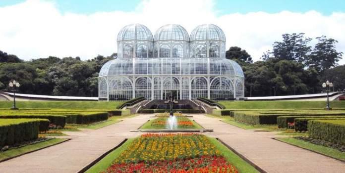 Curitiba é um dos destinos baratos para viajar em julho de 2019