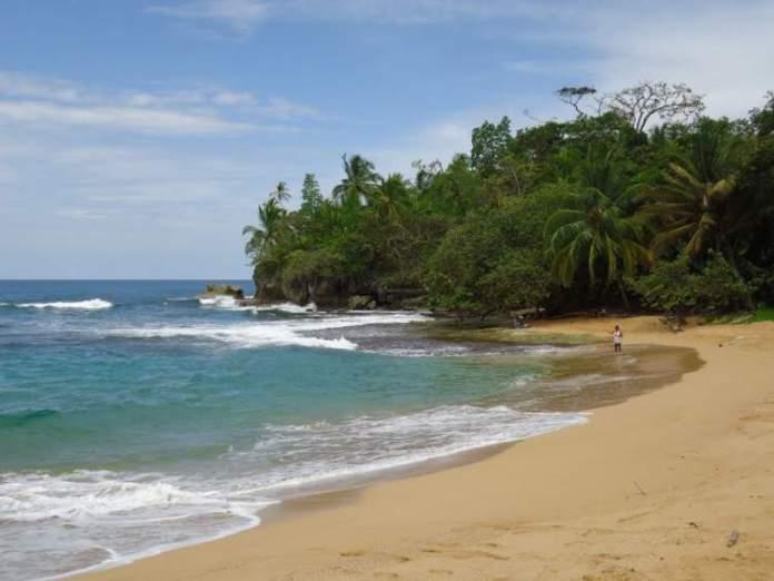 Playa Bluff é uma das melhores praias do Panamá