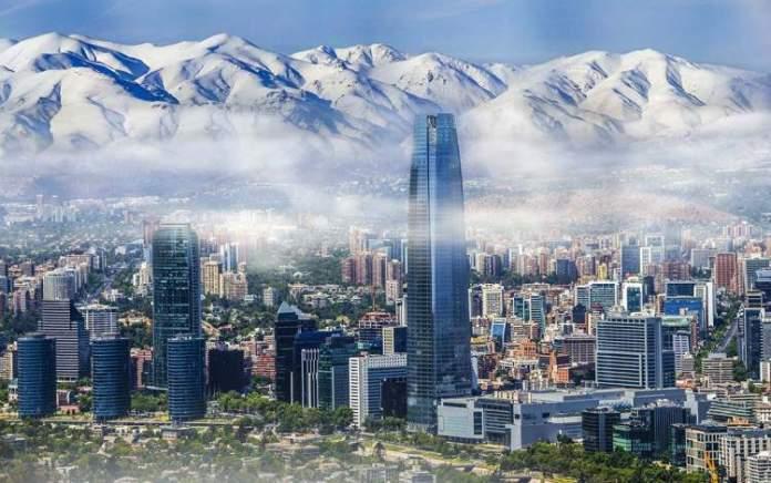 Santiago é um dos destinos baratos para viajar no exterior