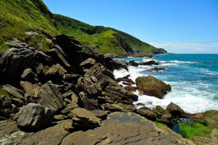 Armação dos Búzios é uma das melhores praias para lua de mel no Brasil