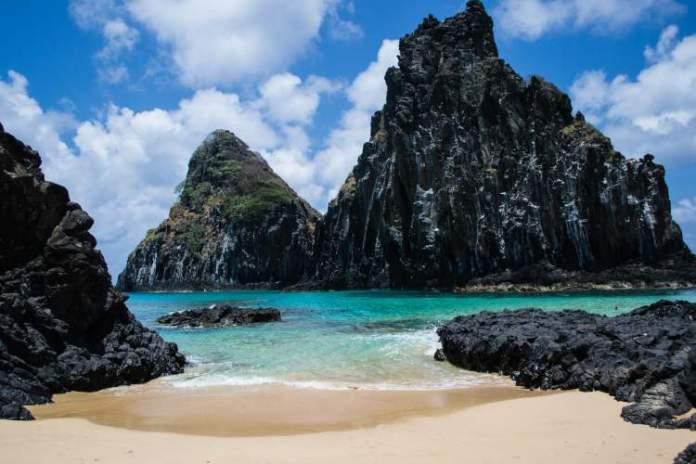 Fernando de Noronha é uma das melhores praias para lua de mel no Brasil